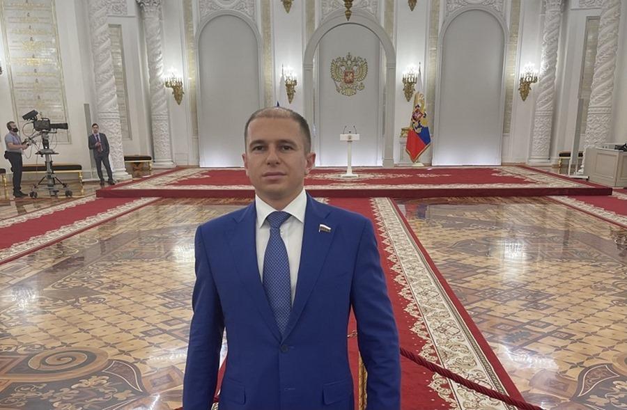 Михаил Романов: стабильности российской экономики позволила добиться слаженная работа парламента и руководства страны